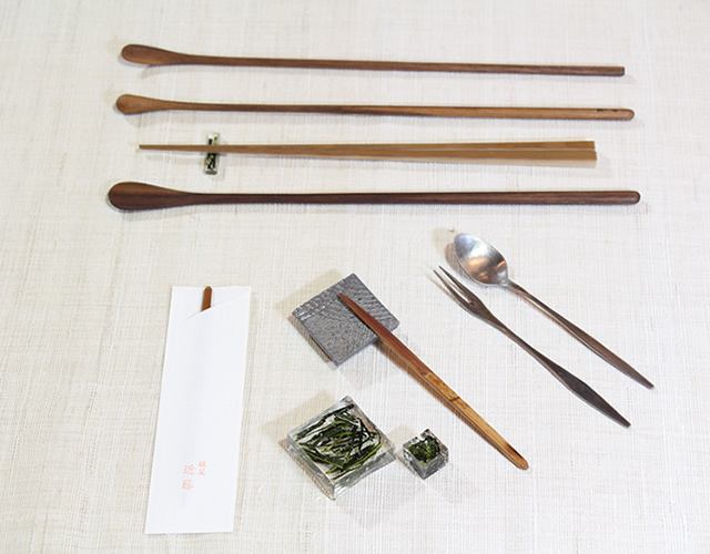 Cutlery and other accessories